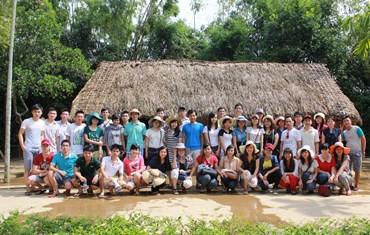 Sapo-er viếng thăm quê Bác - 2013