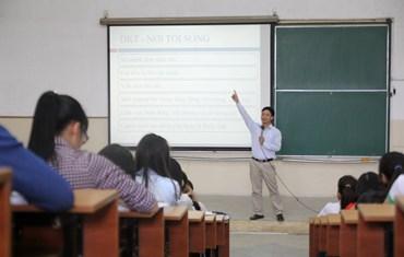 """Hội thảo """"chia sẻ kỹ năng xin việc và phỏng vấn"""" tại Đại học Thương Mại - 2014"""