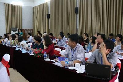 """Hội thảo """"Thương mại điện tử và Giải pháp thông tin trong thời kỳ Cách mạng công nghiệp 4.0"""""""